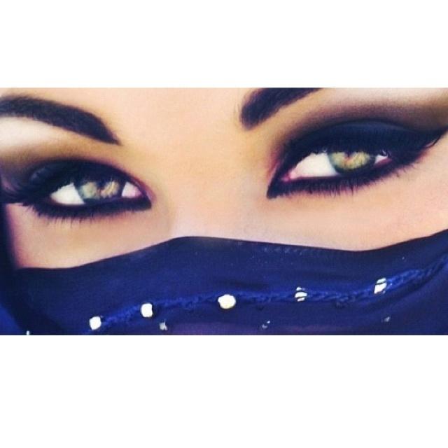 I love Arabian eye makeup