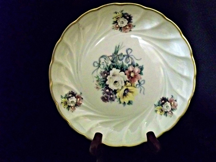 This is a beautiful Limoges, France porcelain dish from the early 1900s from Haviland & Co.