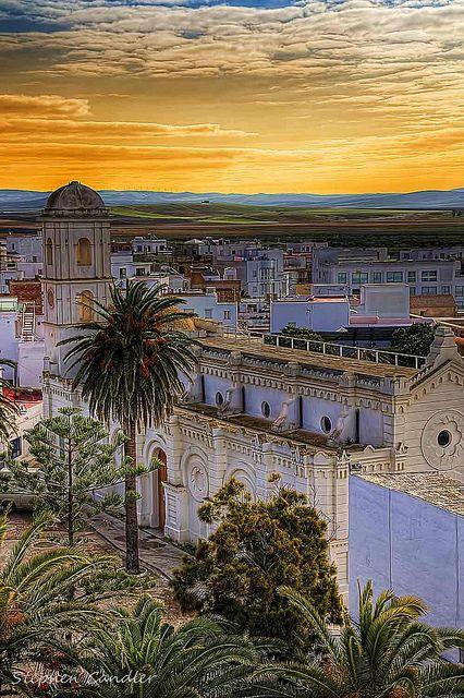Iglesia Santa Catalina from the Torre de Guzman in Conil de la Frontera, Spain . Cádiz
