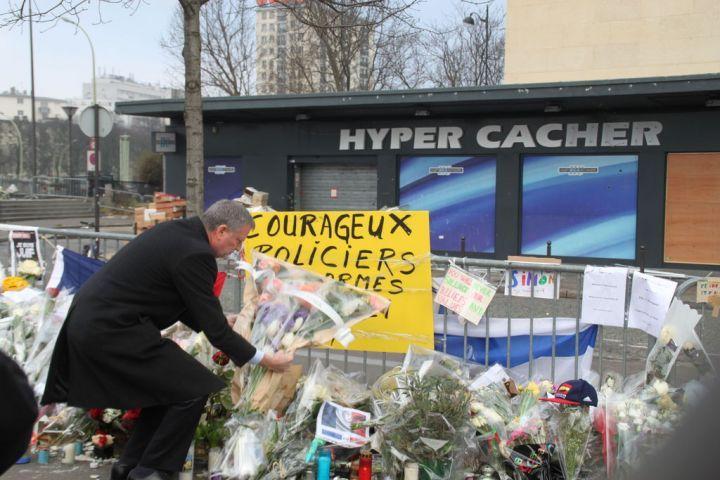 EN DIRECT. Attentats : le maire de New-York a rendu hommage aux victimes de l'Hyper Cacher