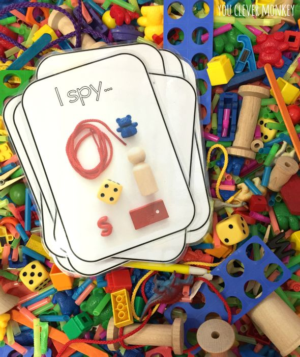 Make your own I Spy Sensory tub with these free printable cards | you clever monkey