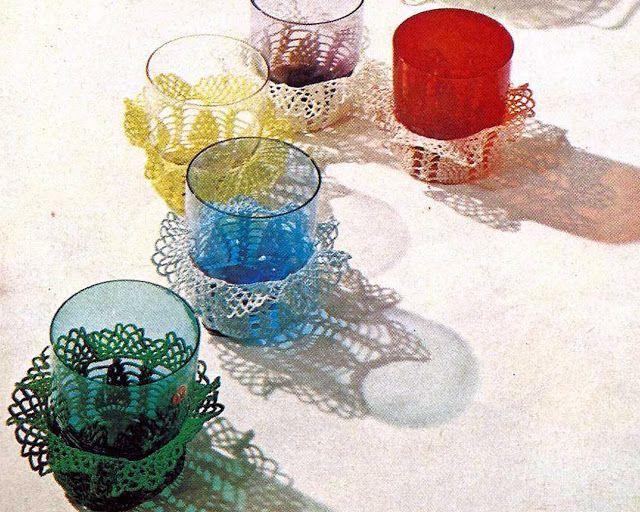 Patrón #1029: Fundas con Volantes para Vasos a Crochet   CTejidas [Crochet y Dos Agujas]
