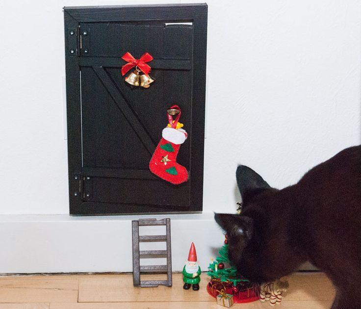 Small door for alfs / pixies / julenisser.   See more at: http://evabyeva.dk/nissedoer-diy