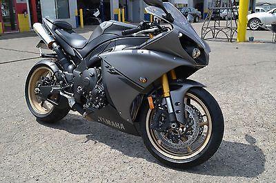 Yamaha : YZF-R 2014 yamaha yzf r 1 super street bike only 1 700 miles like new no reserve
