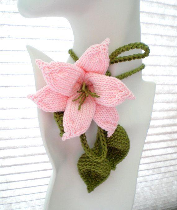 PDF Knit Flower Pattern  Flower Necklace  Lily Lariat par OhmayDIY, $6.00