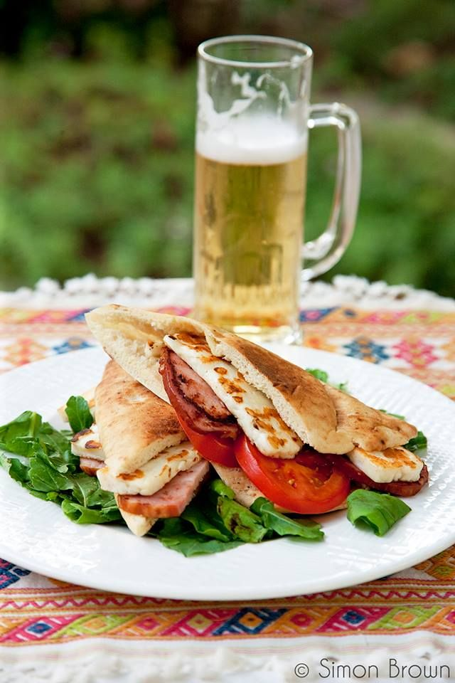 Cyprus pitta with halloumi, lountza and tomato