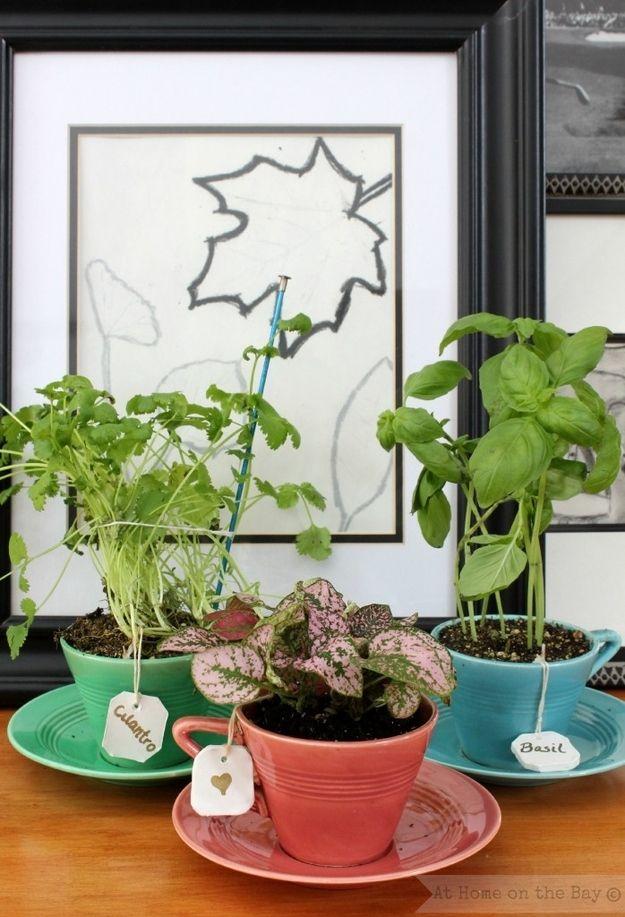 Tea Bag Tags | 26 DIY Plant Markers For Your Springtime Garden