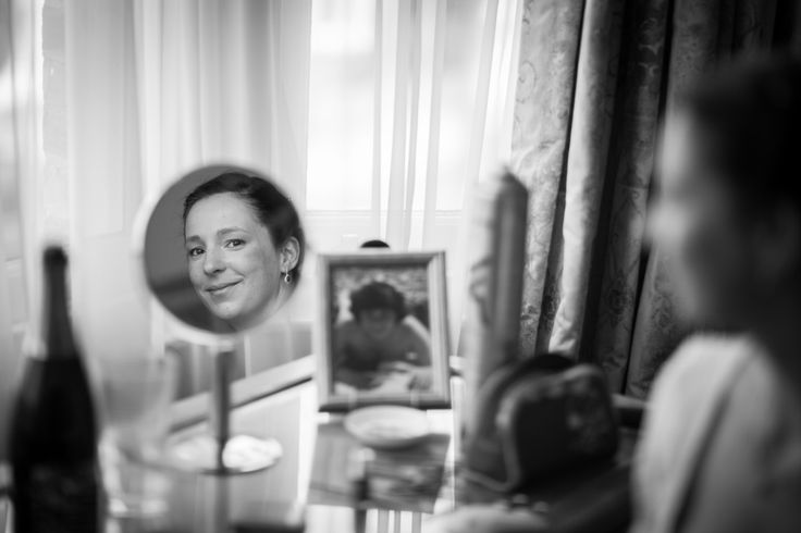 Bridal preparations Simon Orchard - London Wedding and Portrait Photographer | www.simonorchard.com