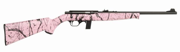Pink camo 22 rifle , me wantssss .