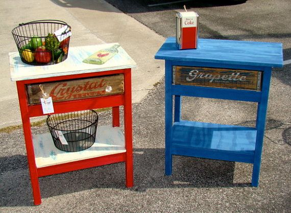Vintage soda crate table by urbantwiggs on etsy for Wooden soda crate ideas