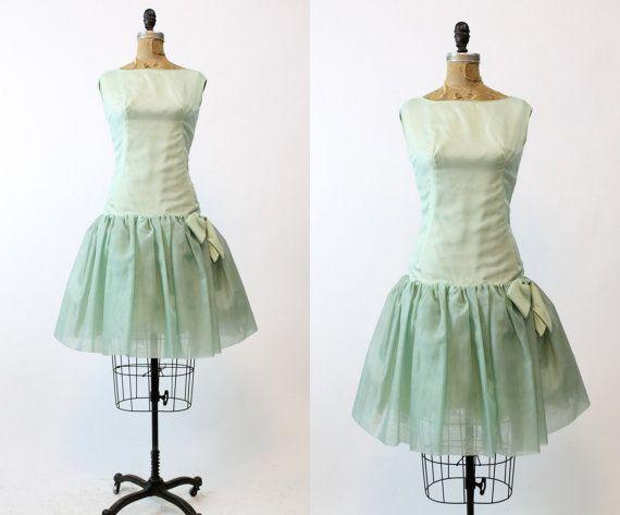 años 60 vestido Organza pequeños / década de 1960 Vintage DressDropwaist proa / Mint Vestido de Chip