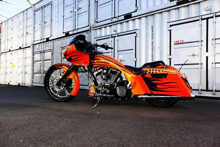 Harley 2011 FLTRX : 23″ Big Wheel Bagger Custom