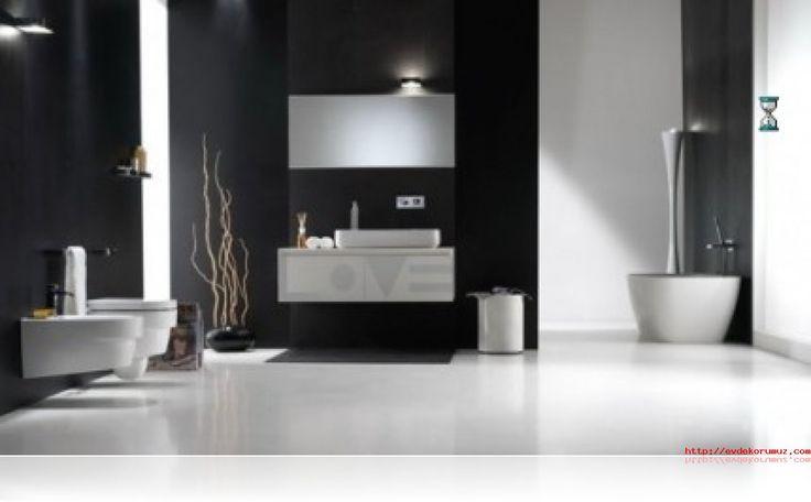 Siyah Ve Beyaz Banyo