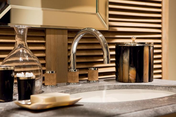 les 192 meilleures images propos de boutique uhb d coration sur pinterest cuivre fauteuils. Black Bedroom Furniture Sets. Home Design Ideas