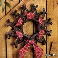 Horseshoe Wreath with Bandanna. I have a box of old horseshoes in my shed. This is an idea to use them :)