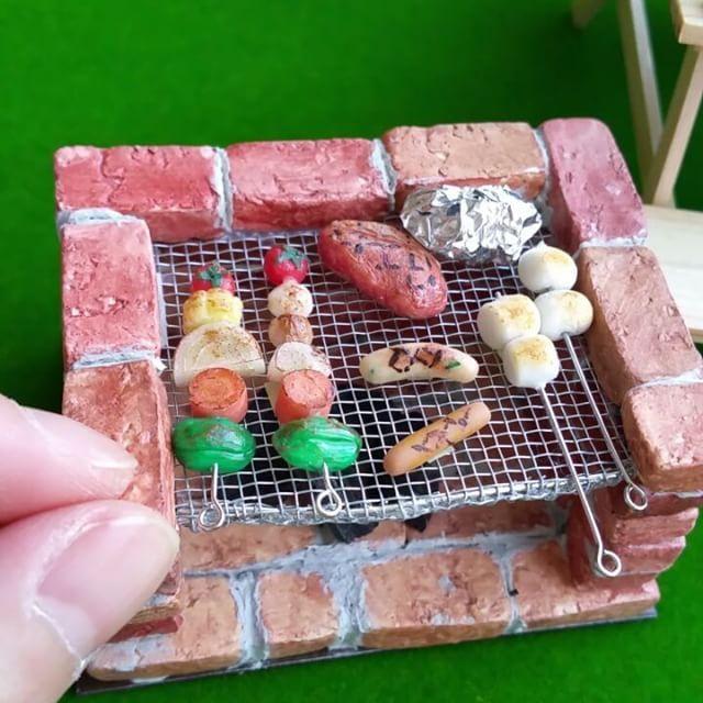 "114 Likes, 2 Comments - miniature food (@miniaturefood_associationjapan) on Instagram: ""ぽあろの新作BBQセット✨ こちらも数量限定で販売します。 * * * 【伊勢丹新宿にOPEN!】 ゴールデンウィークから伊勢丹新宿本館5階にて…"""
