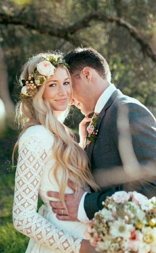 20 Long-Sleeved Wedding Dresses