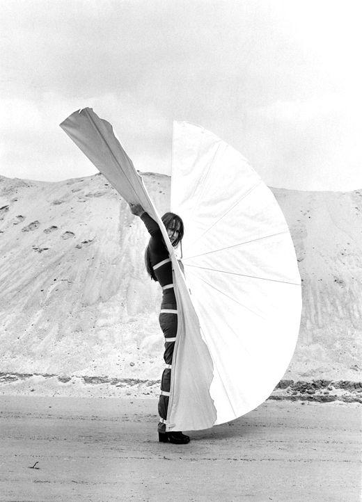 Rebecca Horn: Body Art, Performance & Installations | Installation Art, Performance Art | Anxious Objects, Conceptual Art, Desire, Machines,...