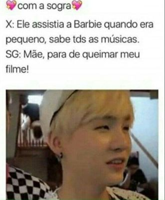 Ia nem ligar kkk ia ter querer aprender cantar as músicas da barbie em coreano