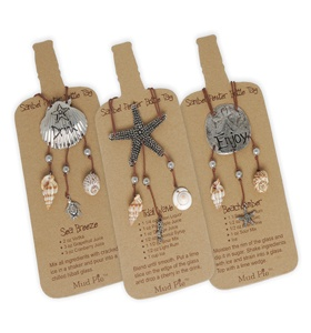 Add a little something from the beach to that bottle of wine for your favorite host.  These coastal bottle tags are adorable and come with a recipe for a fun beach cocktail.  Choose from Starfish (Tidal Wave), Scallop (Sea Breeze), or Sand Dollar (Beach Comber).