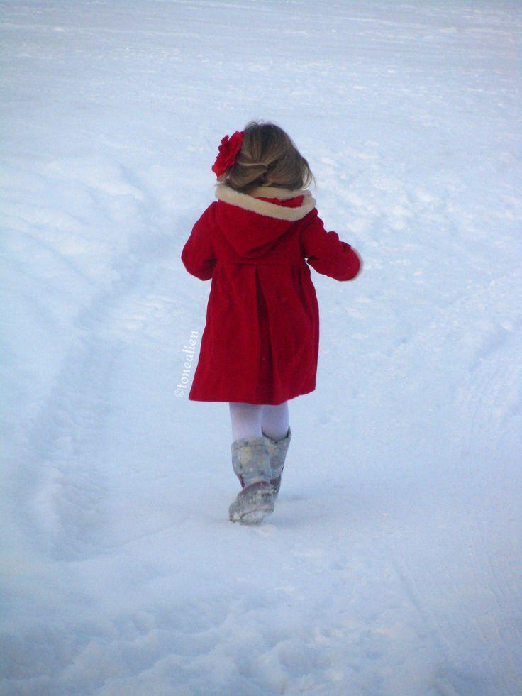 #winter #wonderland #Norway #little #red #riding #hood
