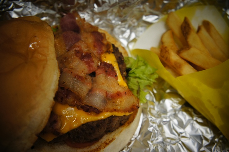 Yummy Burger from Zarks --