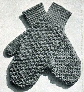 Who doesn't love mitten knitting patterns? Free mittens patterns are also especially fun to knit if they have a nice vintage vibe. These Textured Retro Mittens are perfect for the avid mitten knitter who has already made a fair share of mittens.