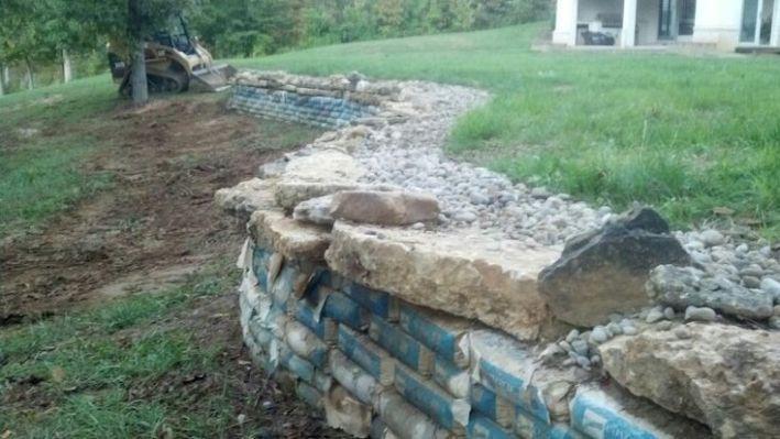 Concrete Bag Wall After 2 Months Concrete Retaining Walls Landscaping Retaining Walls Retaining Wall