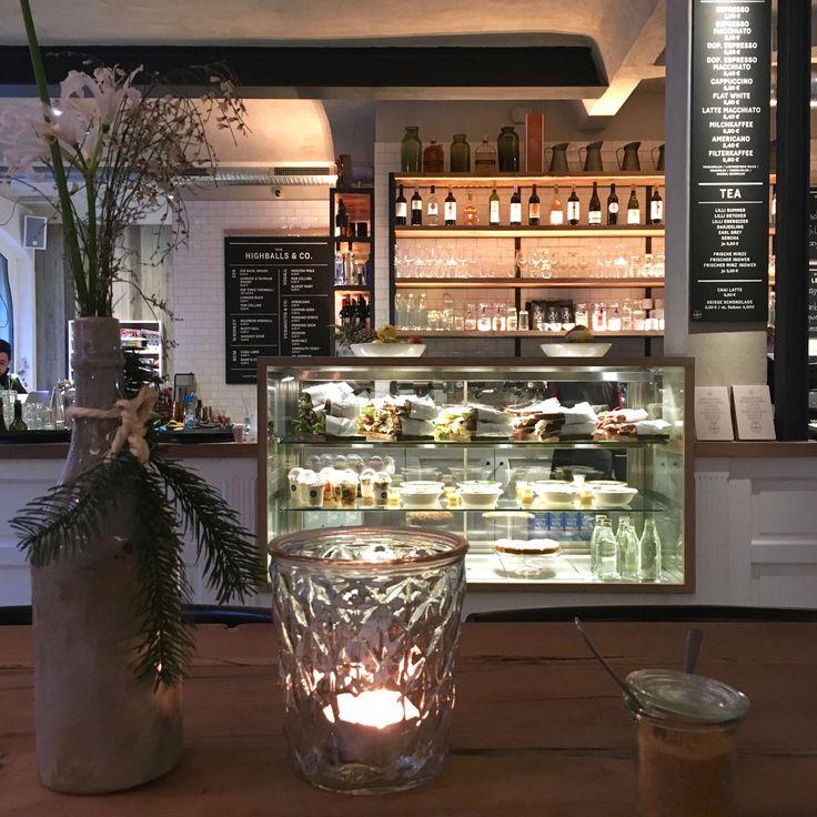 Entdeckt: Til Schweigers neues Baby… das Barefood Deli in Hamburg mit dem ersten Barefoot Living Shop… und warum ich in dieses Restaurant sofort einziehen möchte…