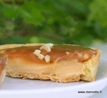 Tartelette caramel beurre salé et nougatine