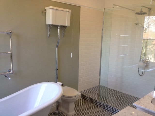 traditional bathroom lighting ideas white free standin. En-suite - Light Boutique Freestanding Bath Walk-in Shower Traditional Bathroom Lighting Ideas White Free Standin T