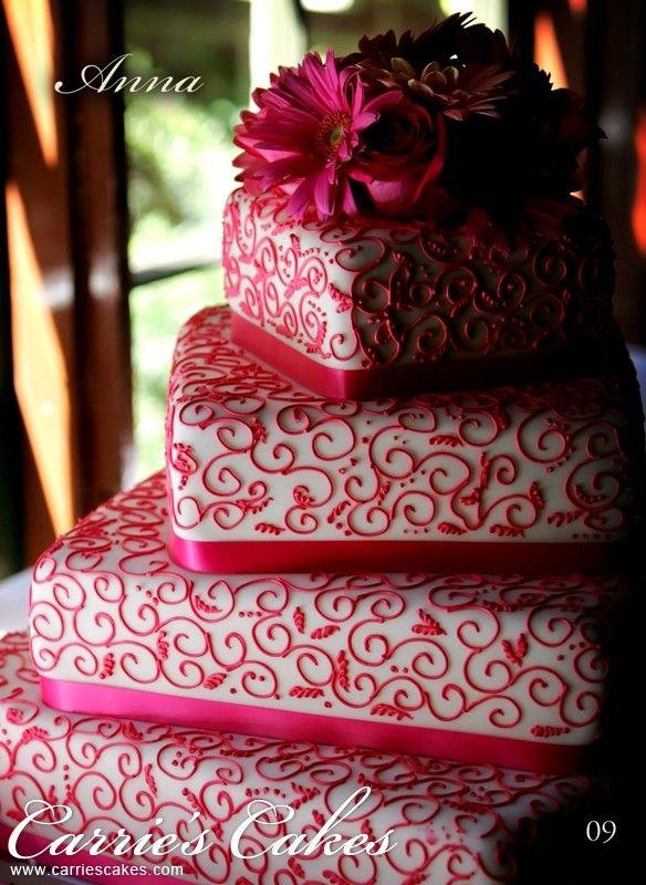#fuchsia #pattern #wedding #cake | Carries Cakes | #torta #nuziale #quadrata #piani #sfasati #damasco #fuchsia