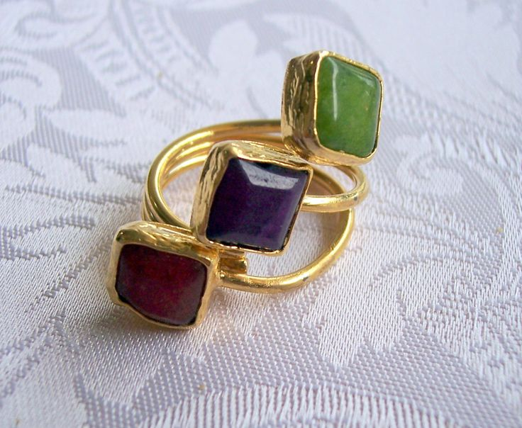 Handmade muticolour triple stone agate ring, with square stones gold plated semiprecious gemstone, jewelry and balance by GardenOfLinda on Etsy