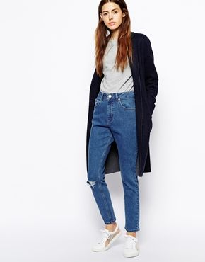 ASOS+Farleigh+High+Waist+Slim+Mom+Jeans+in+Clean+Mid+Wash+Blue+with+Ripped+Knee