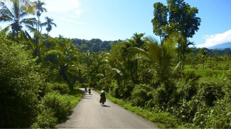 Onward to Sumbawa!   Wednesday February 13, 2013, 63 miles (101 km) - Total so far: 1,088 miles (1,751 km)
