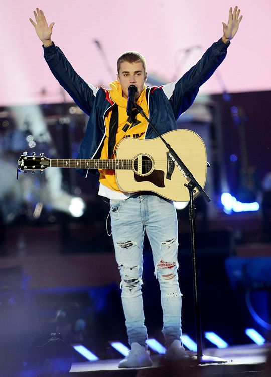 Justin Bieber performs on stage at the 'One Love Manchester' benefit concert on June 4, 2017 in Manchester, England.