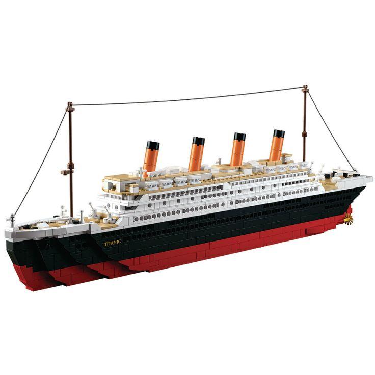 Bygg ihop en stor Titanic. Inkluderar två figurer och ett stor charterfartyg.  Sluban är varumärket för byggklossar som är fullständigt kompatibla med många andra klossmärken. Sluban-byggklossar är ett måste, med låga priser och unika byggsatser. Sluban erbjuder massor av skoj för alla åldrar!  Fakta Material: Plast. Antal bitar: 1018 st. Passar barn över 6 år. Sluban Titanic Serie. Tillverkare: Sluban.
