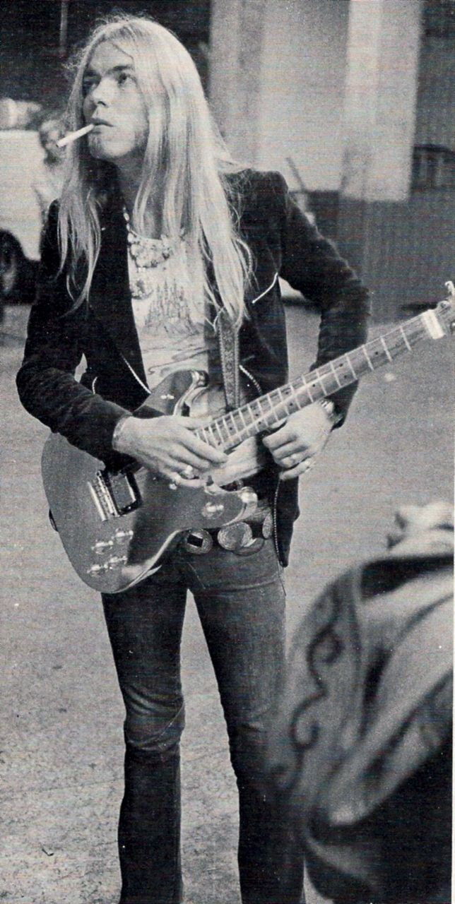 "Gregg Allman: <3: ""I said, other people can write songs, let's see if I can. So the first 400 or 500 wound up on the floor somewhere. Then I wrote one called Melissa."" ~ ♪"