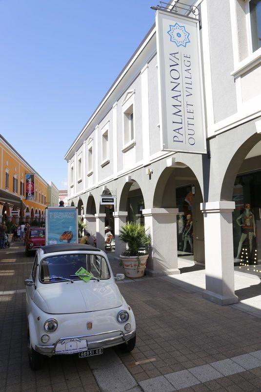 #Fiat500 bianca al #Palmanova #outlet #village! http://www.palmanovaoutlet.it/it