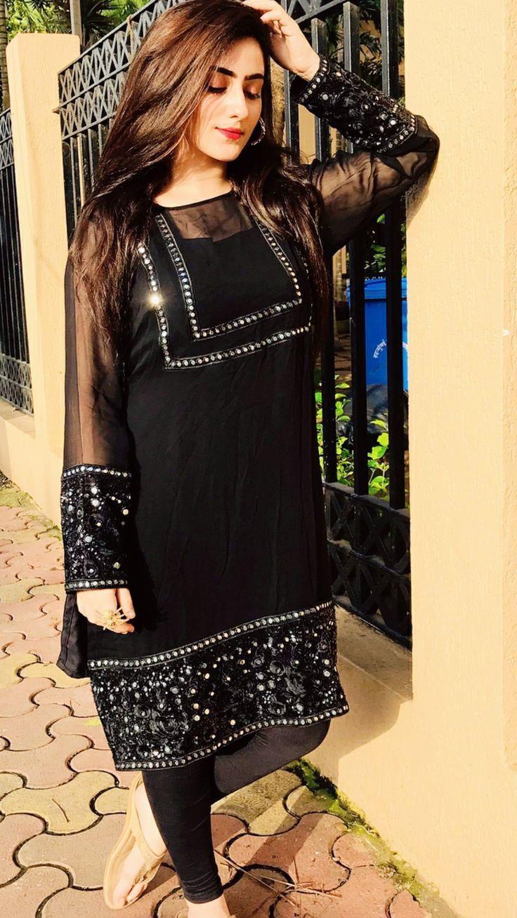 Partywear Pakistanidress Source By Fashionista A Casual Dresses Pakistani In 2020 Pakistani Dresses Casual Stylish Dresses For Girls Pakistani Formal Dresses