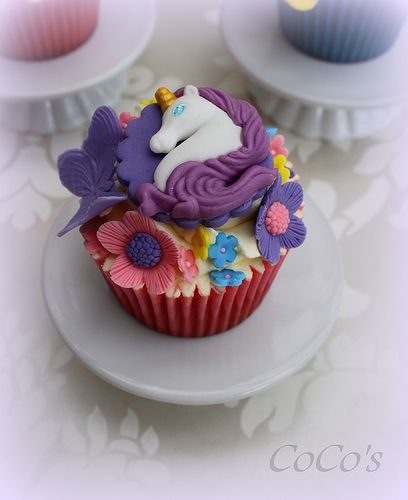 unicorn cupcake.....yes please!!! | Cupcakes and Cakes ...
