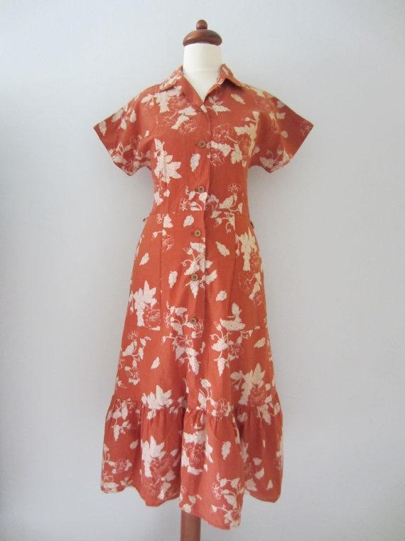 60s/70s Pumpkin Floral Tea Party Dress, S // Vintage Cotton Day Dress // Shirtwaist Dress by Malli Mari