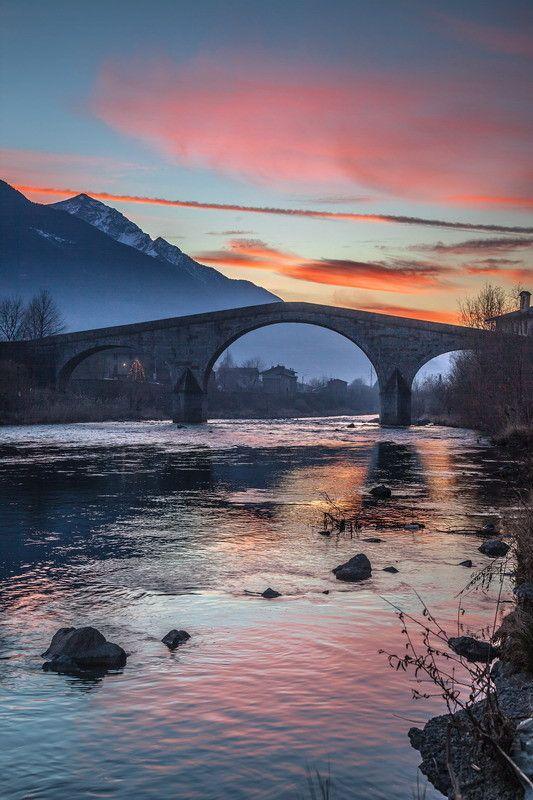 Tramonto al Ponte di Ganda a Morbegno by Roberto Ganassa