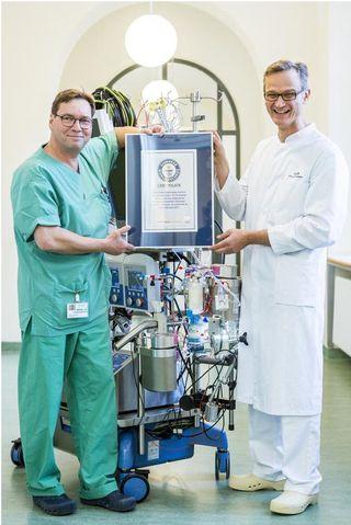 #Herz-Lungen-Maschine mit Guiness-Rekord - UNTERNEHMEN-HEUTE.de: Herz-Lungen-Maschine mit Guiness-Rekord UNTERNEHMEN-HEUTE.de mp Groß-Gerau…