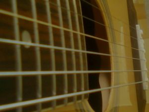 Six Beginner Guitar Tips for Teaching Yourself How to Play the Guitar