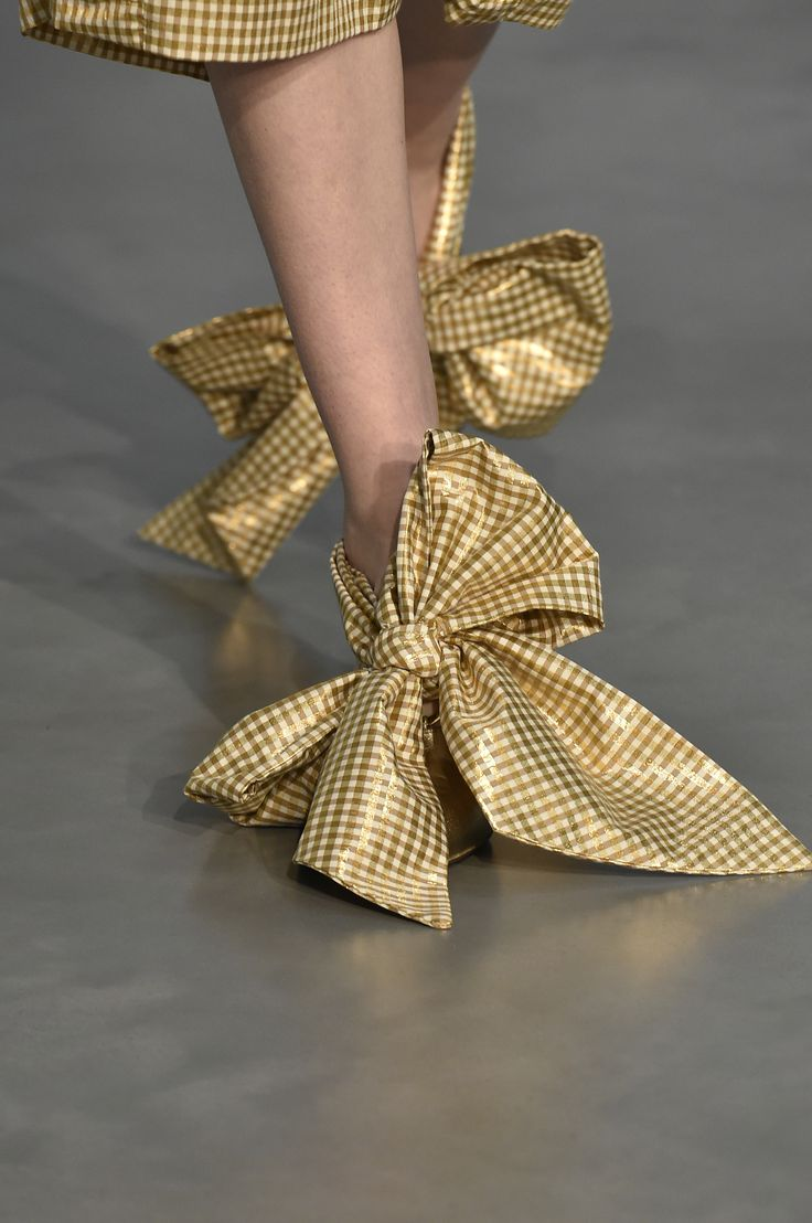 AMBER MULES on the catwalk for our Spring Summer 18 London Fashion Week show. #motherofpearl #shoes #ambermules