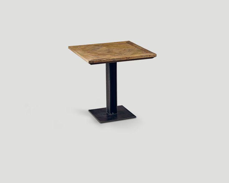 DB004197 by Dialma Brown H. 75 L. 80 P. 80 Tavolo quadrato in legno vecchio riciclato con base in metallo finitura Ferro Brunito, top a quadrotta finitura Naturale