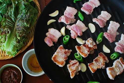 The warm weather is definitely here to stay! That means it's grilling season. So, my friends at World on a Plate are sharing grilling recipes this month. Grilling is enormously popular in Korean cuisine. I'm sure many of you have been to a smoke-filled Korean restaurant where you grill your meat at the table. At …