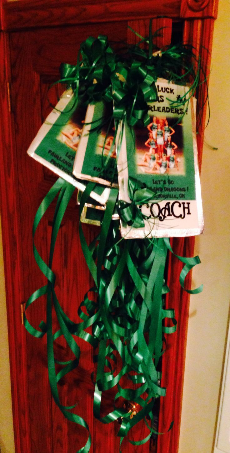 211 best images about ideas for cheer gifts on pinterest for Cheerleading decorations