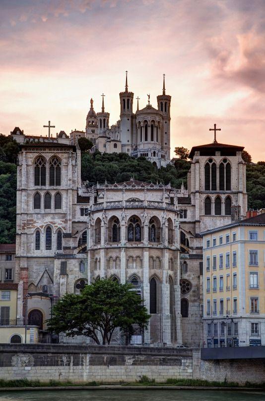 Basilique Notre Dame de Fourvière, Lyon   France (by Davide Seddio)